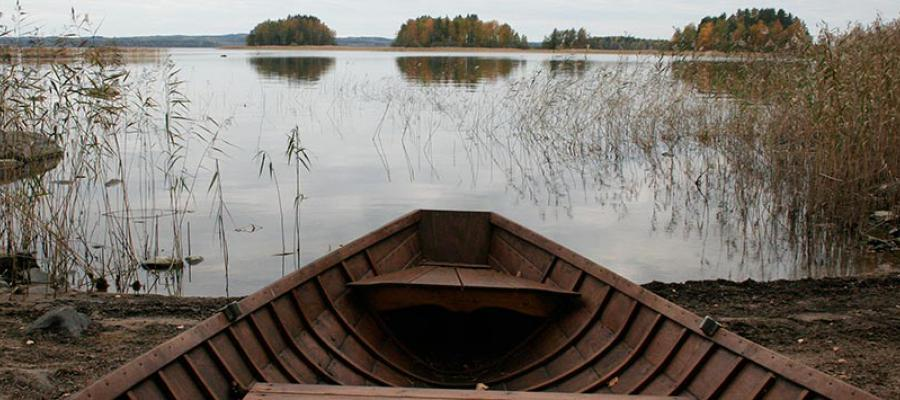 Enjoy enchanting scenery - spend your holiday by the lake Saimaa